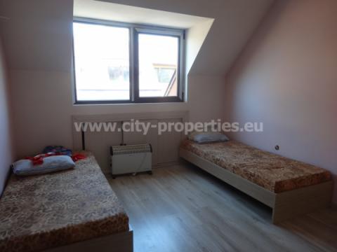 Квартири под наем Благоевград, Тристаен апартамент Еленово