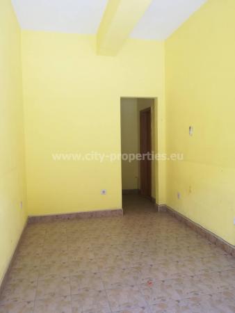 Квартири под наем Благоевград, Магазин Широк център