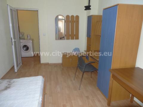 Квартири под наем Благоевград, Тристаен апартамент Широк център, Запад, Освобождение, В близост до ЮЗУ