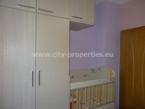 Квартири под наем Благоевград, Двустаен апартамент Широк център, Запад, В близост до ЮЗУ