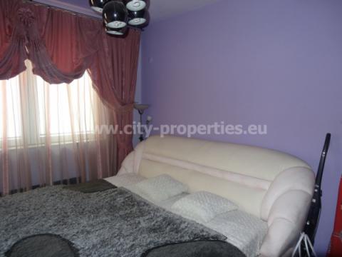 Квартири под наем Благоевград, Тристаен апартамент Идеален център