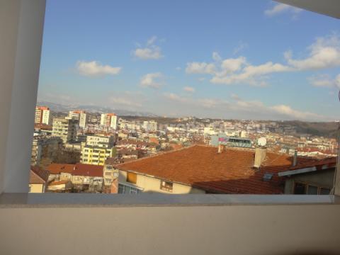 Квартири под наем Благоевград, Двустаен апартамент Идеален център