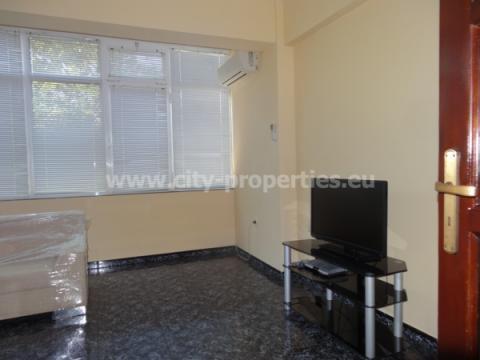 Квартири под наем Благоевград, Четиристаен апартамент Идеален център