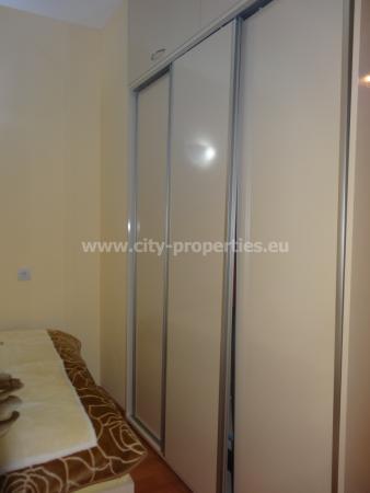 Квартири под наем Благоевград, Многостаен апартамент Широк център