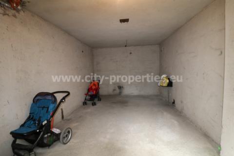 Квартири под наем Благоевград, Гараж Широк център