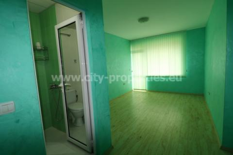 Имот за продан в Благоевград, Широк център, В близост до ЮЗУ