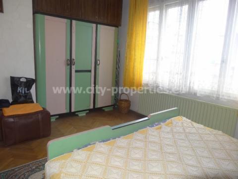 Имот за продан в Благоевград, Широк център, В близост до AUBG