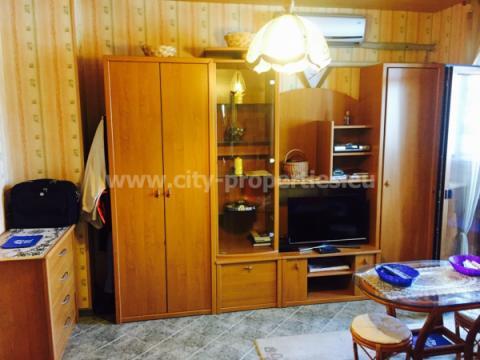 Имот за продан в Благоевград, Широк център, Запад, В близост до ЮЗУ